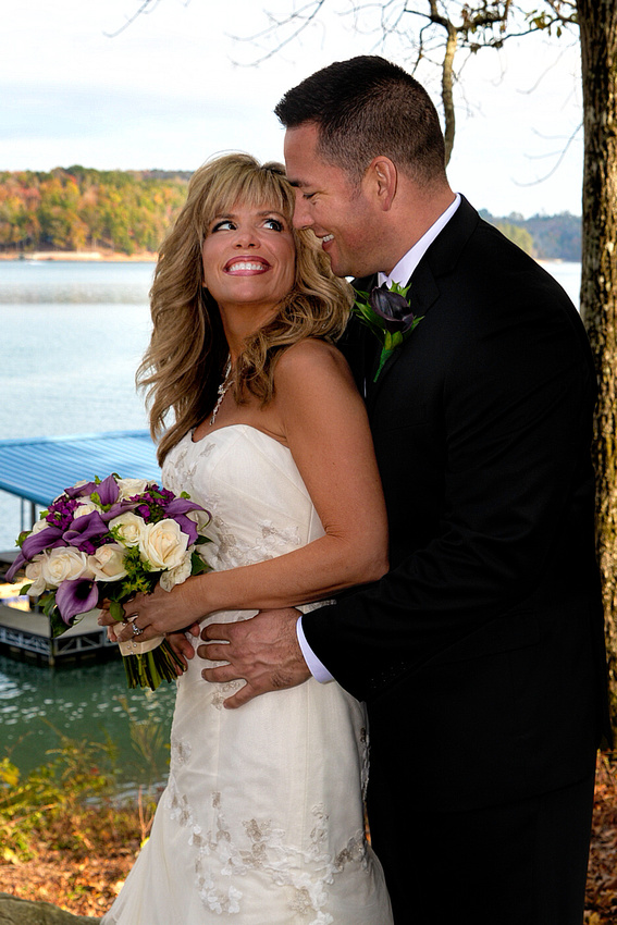 Wedding Photographer Bart Massey photographed this Fall outdoor wedding by a lake in Lafollette Tennessee.