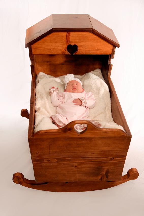 2 week old baby girl in Hazard Kentucky Alysa Elderidge.