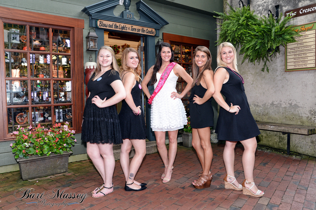 Carlie Gordon's Bachelorette Party in Gatlinburg Tennesse.  Photos by Bart Massey Photography 866-923-3914.
