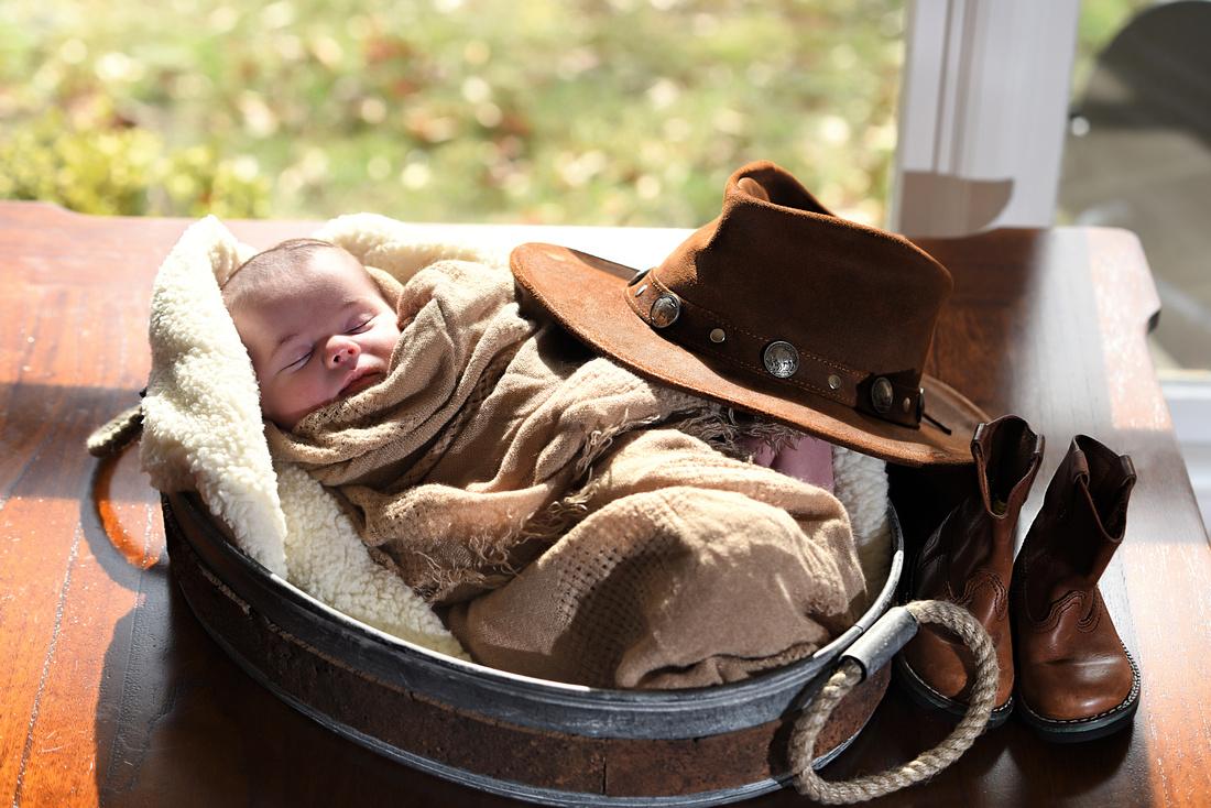 Newborn photographs by Bart Massey Photography
