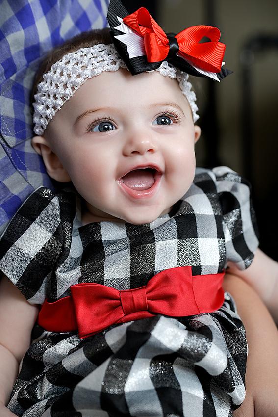 Maddie at 60 months.  Portraits taken in Bart Massey Photography Studio in Hazard, Kentucky.  Baby, family photographs