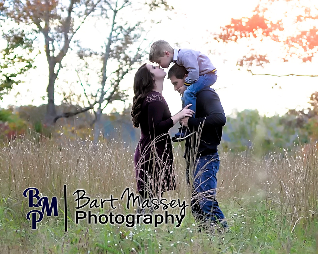 The Hoskins family from Hazard Kentucky.  Fall photos with their son Graydon.